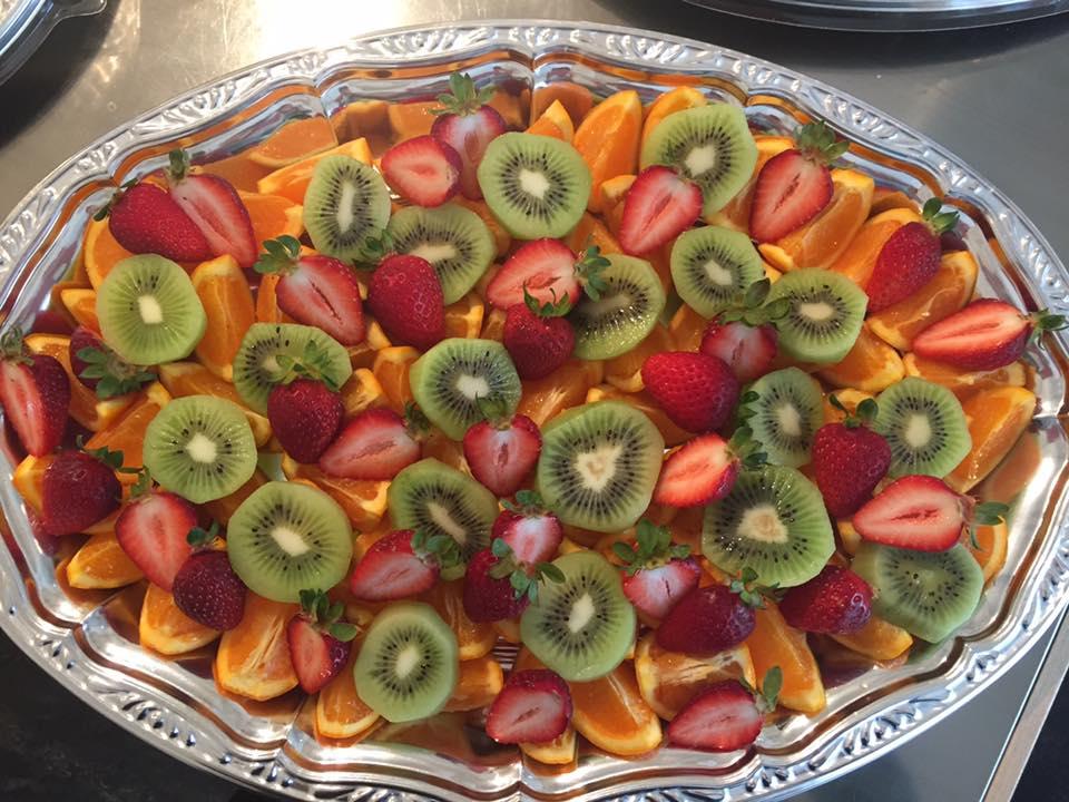 カットフルーツ盛り合わせ例2
